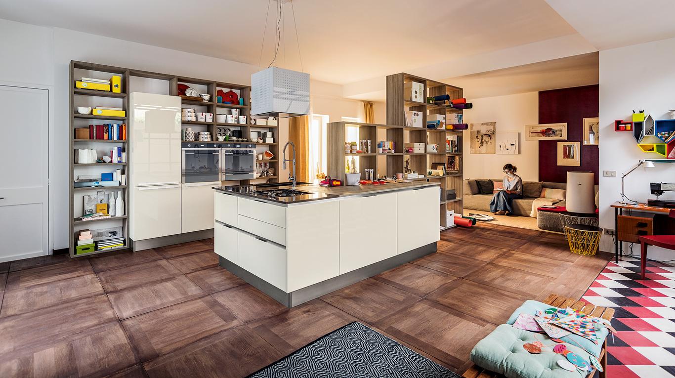 Forme essenziali e variet cromatica per la cucina carrera for Immagini cucine