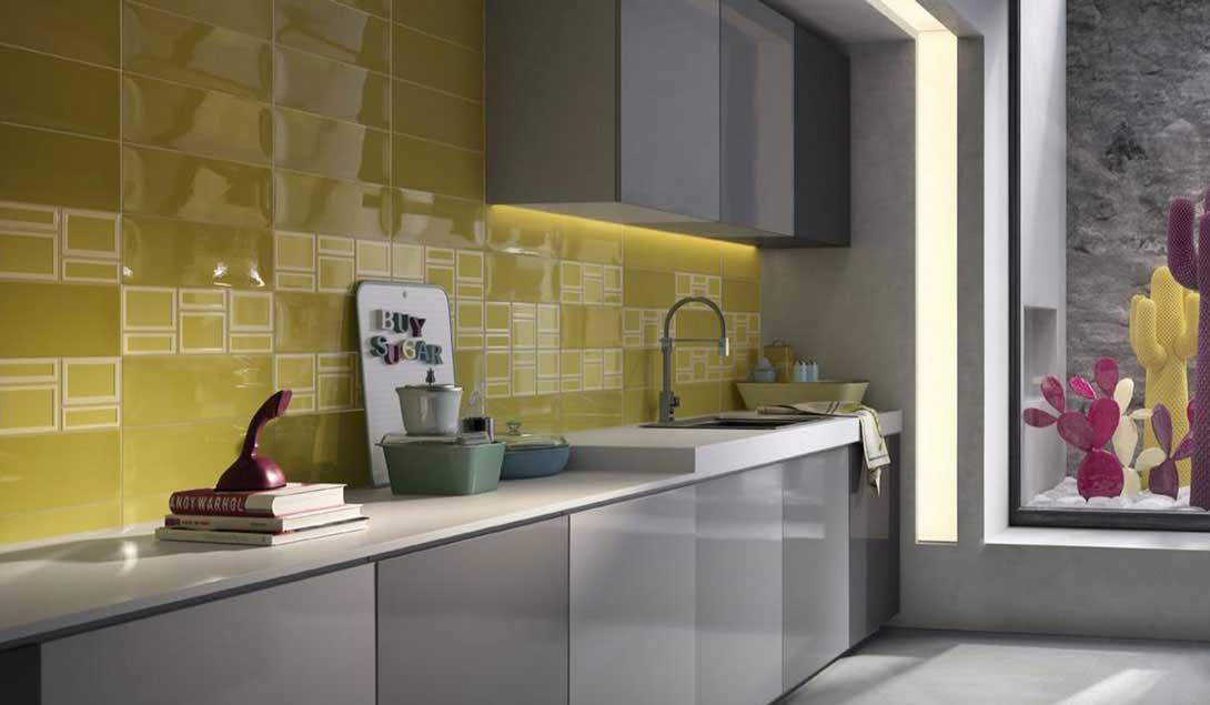 Il rivestimento bagno non convenzionale di imola ceramica orsolini