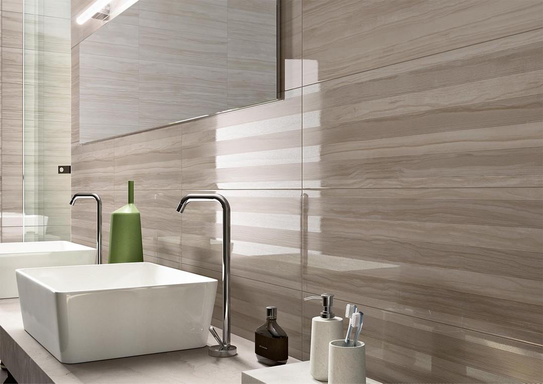 L 39 effetto marmo pregiato ed elegante di marazzi orsolini - Rivestimento bagno effetto marmo ...