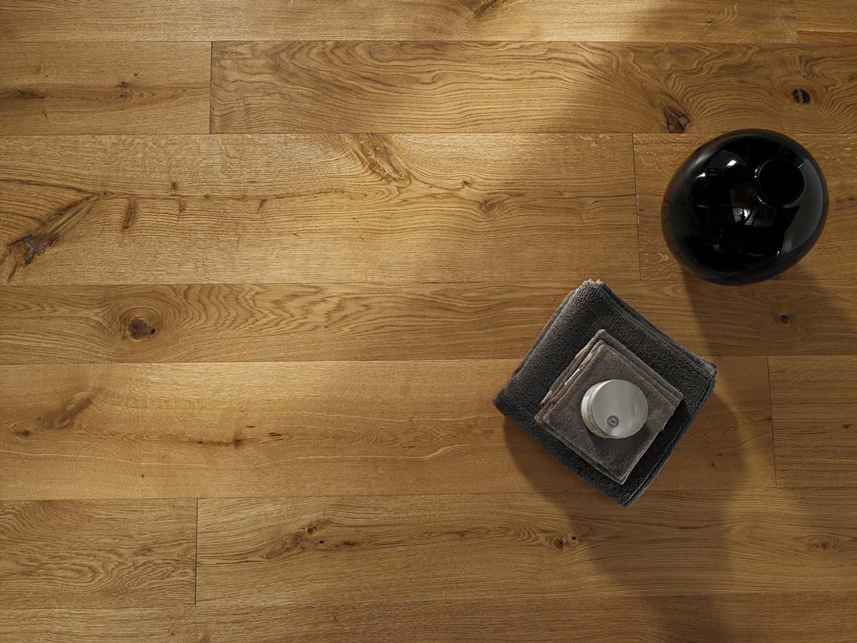 Piano cucina legno ikea opinioni parquet in cucina for Parquet in pvc ikea