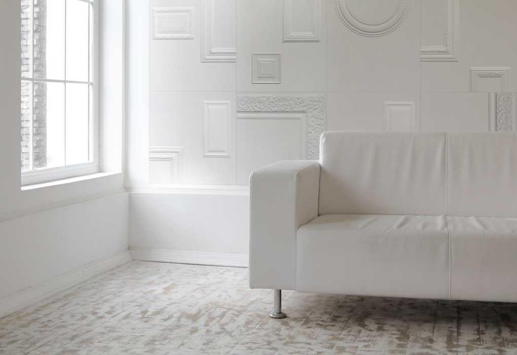 Decorazioni tridimensionali e total white per la collezione frames